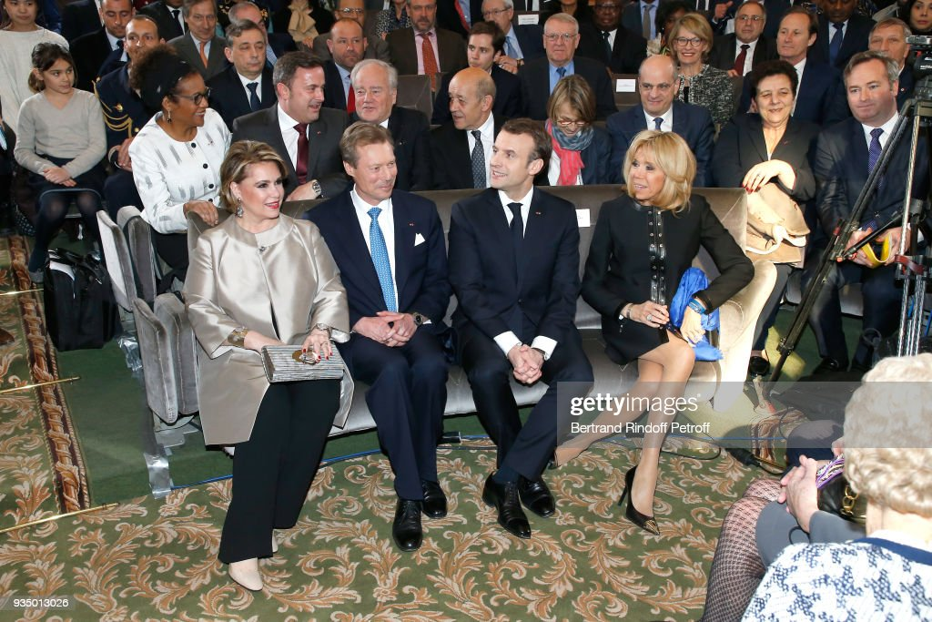 RR. Grand-Duc Henri and Grande-Duchesse Maria Teresa of Luxembourg with French President Emmanuel Macron and his wife Brigitte Macron attend the French Academy visit by Grand-Duc Henri and Grande-Duchesse Maria Teresa of Luxembourg during their State Visit in France on March 20, 2018 in Paris, France.