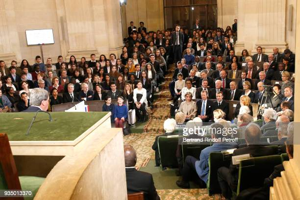 RR GrandDuc Henri and GrandeDuchesse Maria Teresa of Luxembourg with French President Emmanuel Macron and his wife Brigitte Macron listen to the...