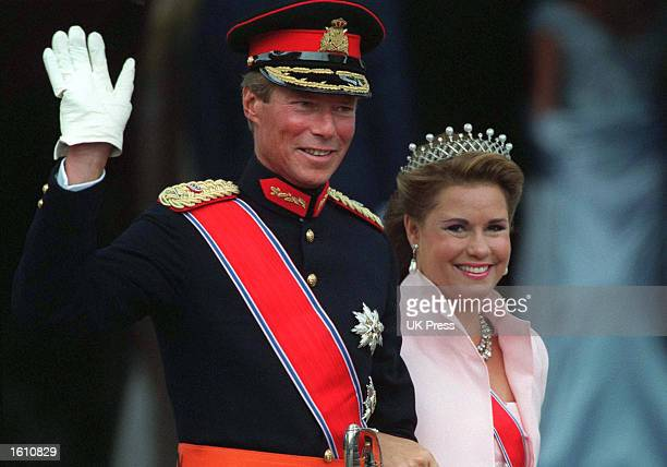 GrandDuke Henri of Luxembourg and his wife GrandDuchess Maria Teresa attend the wedding of Norwegian Crown Prince Haakon and MetteMarit Tjessem Hoiby...