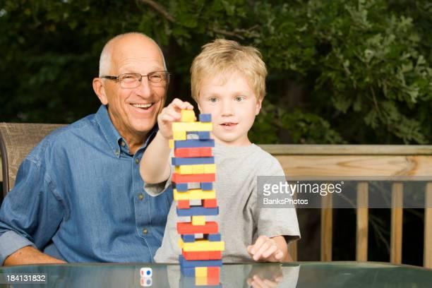 おじいちゃんと孫スタックタワーのスキルでゲーム