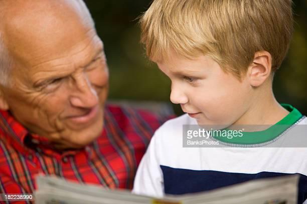 おじいちゃんと孫エクスプレッションズを読みながら日曜日のマンガ