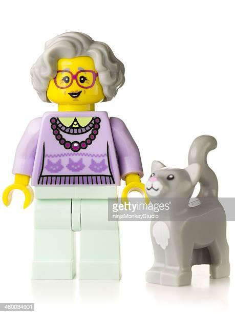 avó mini-figuras lego - lego imagens e fotografias de stock