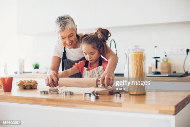 Großmütter und Grandaughters haben besondere Bindung