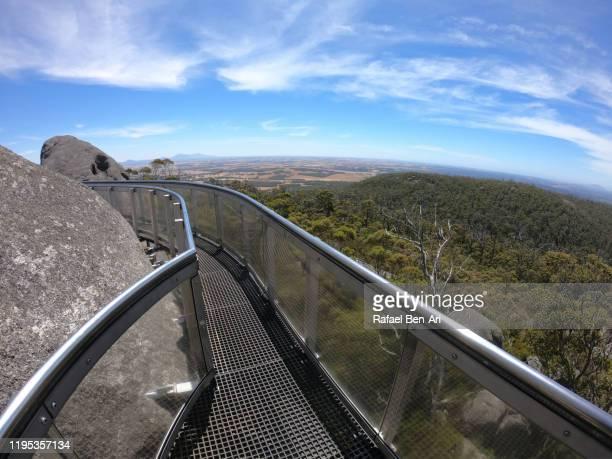 granite skywalk castle rock near albany western australia - rafael ben ari fotografías e imágenes de stock