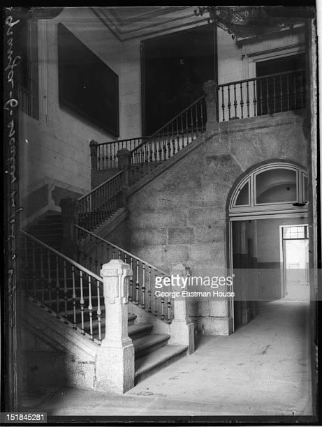 Granja escalier du palais royal between 1900 and 1919