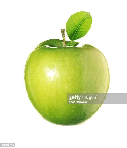 granny smith apple - りんご ストックフォトと画像