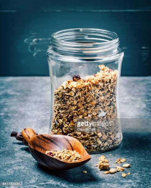 granola - glass material stock pictures, royalty-free photos & images