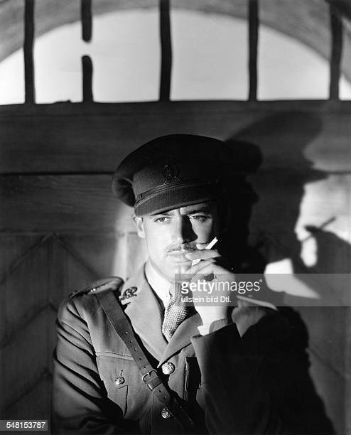 Grant Cary Actor Great Britain / USA * Scene from the movie 'The Last Outpost'' as Captain Marten Andrews Directed by Charles Barton Louis J Gasnier...