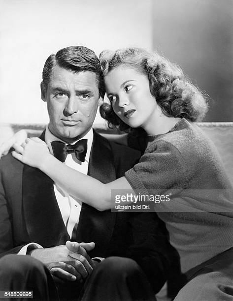 Grant Cary Actor Great Britain / USA * Scene from the movie 'The Bachelor and the BobbySoxer'' as Richard Nugent with Shirley Temple Directed by...