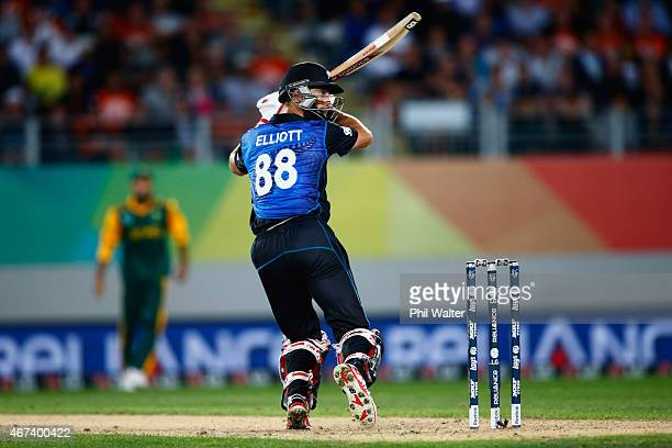 Grant Elliott of New Zealand bats during the 2015 Cricket World Cup Semi Final match between New Zealand and South Africa at Eden Park on March 24...