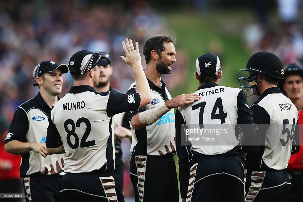 Grant Elliott of the Black Caps celebrates the wicket of Sohaib Maqsood of Pakistan during the International Twenty20 match between New Zealand and Pakistan at Seddon Park on January 17, 2016 in Hamilton, New Zealand.