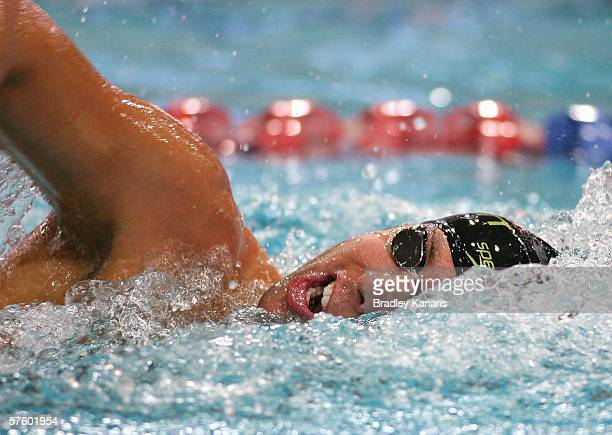 Grant Hackett competes in the Men's 400m Freestyle in his comeback race after suffering from a shoulder injury on day two of the 2006 Telstra Grand...