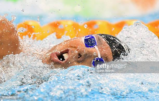 Grant Hackett of Australia competes in the final of the Men's 400 Metre Freestyle during day one of the 2016 Hancock Prospecting Australian Swimming...