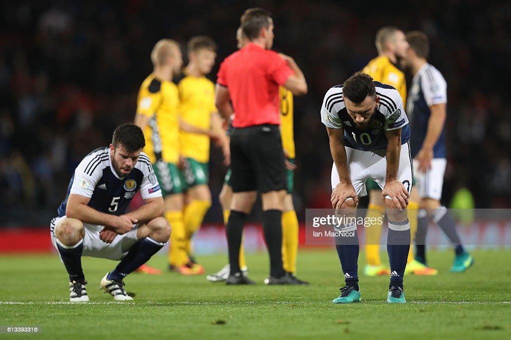 Scotland v Lithuania - FIFA 2018 World Cup Qualifier : News Photo