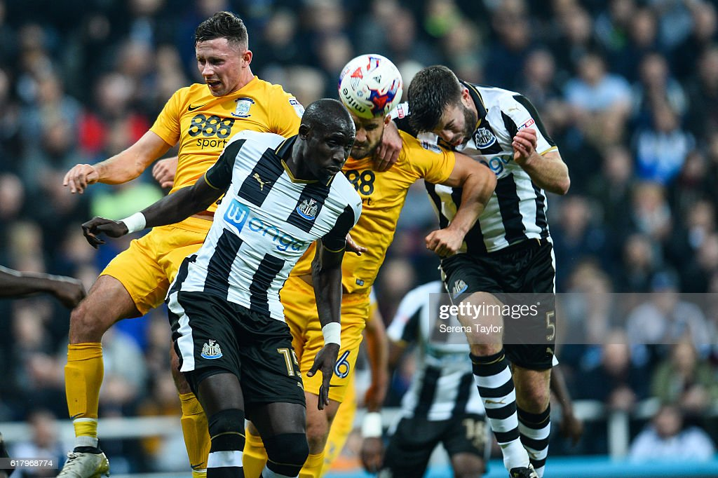Newcastle United v Preston North End - EFL Cup Fourth Round : News Photo