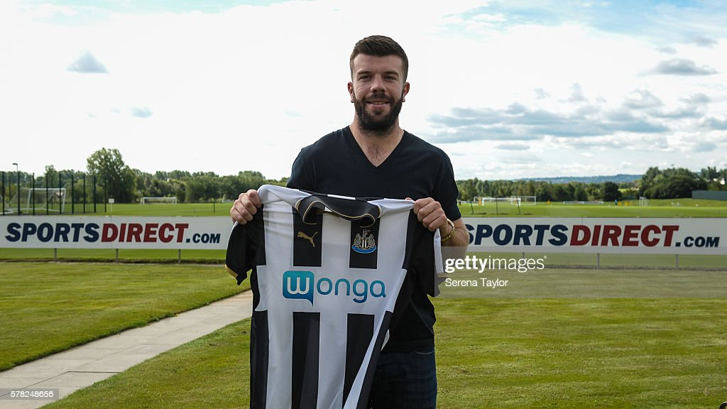 Newcastle United Unveil New Signing Grant Hanley
