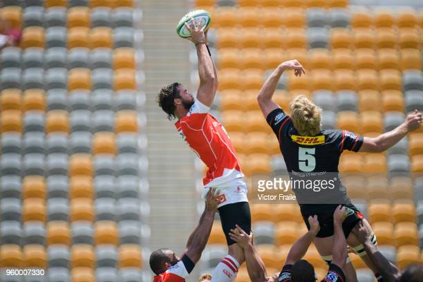 Grant Hattingh of Sunwolves moves the ball up against Stormers during the Super Rugby match between Sunwolves and Stormers at Mong Kok Stadium on May...