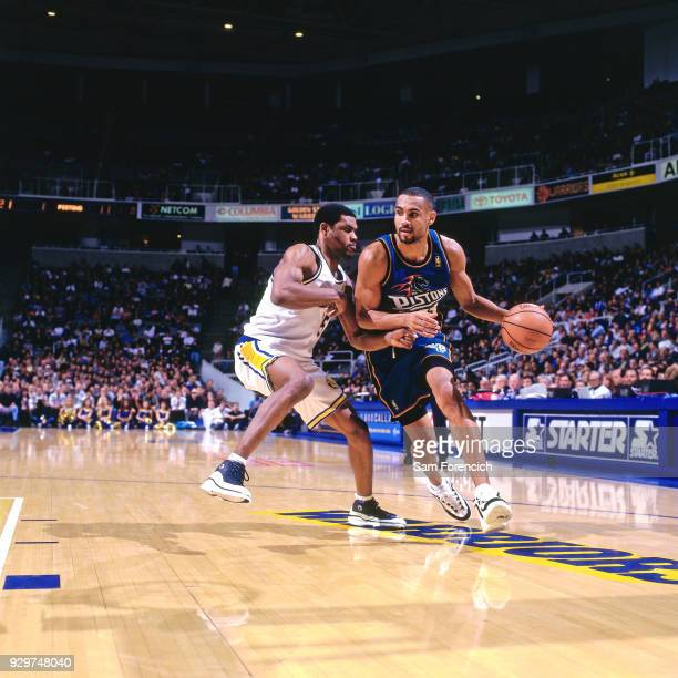 Grant Hill of the Detroit Pistons dribbles circa 1997 at the Arena in Oaklan in Oakland California NOTE TO USER User expressly acknowledges and...