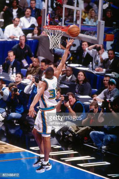 Grant Hill of the Detroit Pistons shoots during the 1997 AllStar Game on February 9 1997 at Gund Arena in Cleveland Ohio NOTE TO USER User expressly...