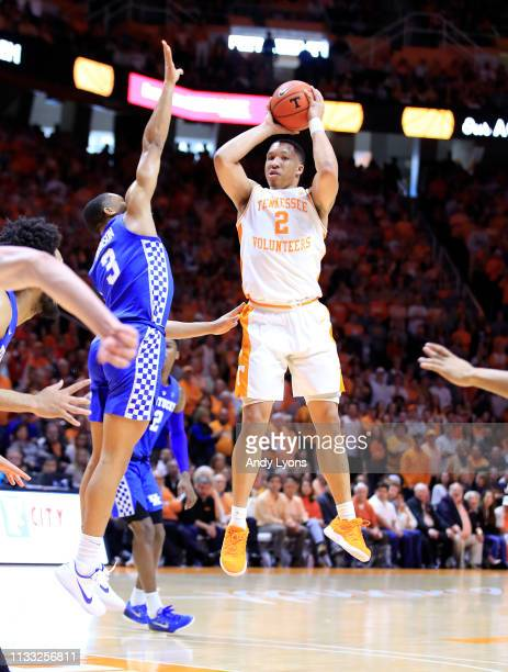 Grant Williams of the Tennessee Volunteers shoots the ball against the Kentucky Wildcats at ThompsonBoling Arena on March 02 2019 in Knoxville...