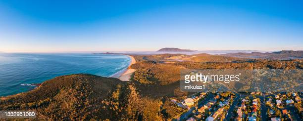 grants head at bonny hills - port macquarie stock pictures, royalty-free photos & images