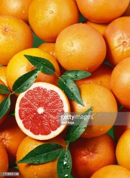 グレープフルーツの赤の壁紙