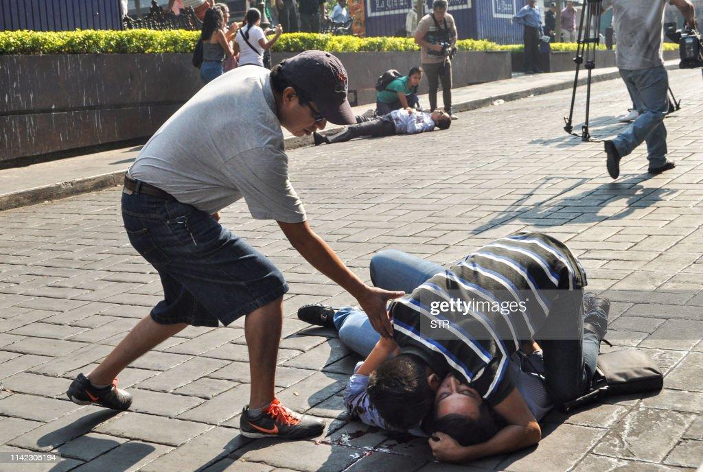 TOPSHOT-MEXICO-VIOLENCE-SHOOTING : Fotografía de noticias