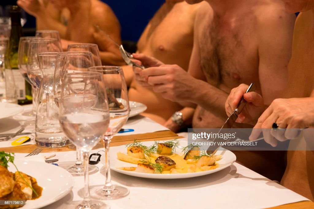 FRANCE-LIFESTYLE-RESTAURANT-NUDISM-NATURISM : News Photo