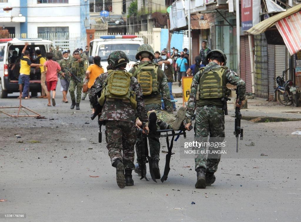 TOPSHOT-PHILIPPINES-UNREST : News Photo