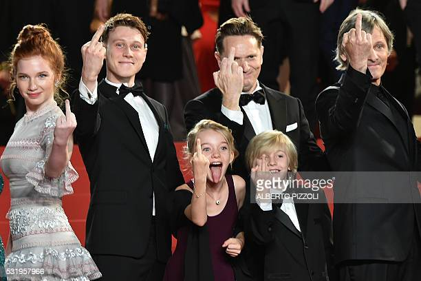 Graphic content / US actress Annalise Basso British actor George MacKay US actress Shree Crooks US director Matt Ross US actor Charlie Shotwell and...
