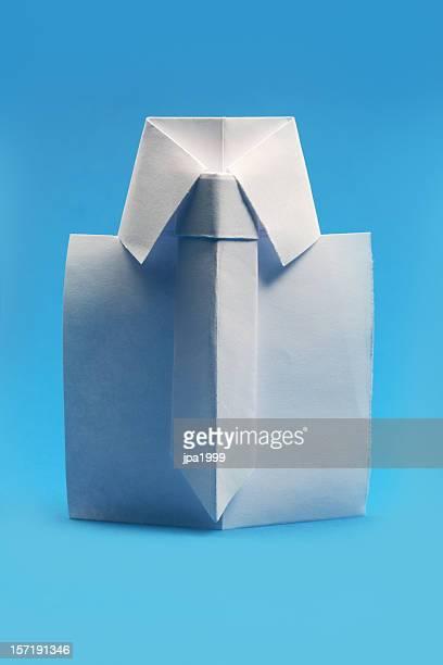 origami camisa - origami fotografías e imágenes de stock