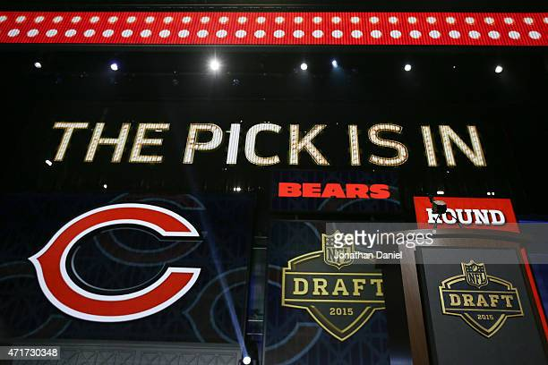 Graphics show on screen after Kevin White of the West Virginia Mountaineers is picked overall by the Chicago Bears during the first round of the 2015...