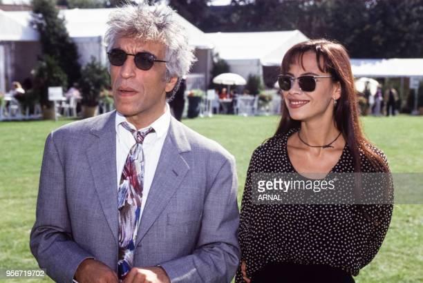 Gérard Darmon et Mathilda May lors du Trophée Lancôme à SaintNomlaBretèche en septembre 1993 France