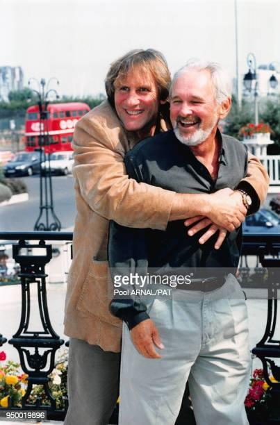 Gérard Depardieu avec le réalisateur du Film 'Bogus' Norman Jewison dans lequel il joue lors du festival du film américain de Deauville le 3...