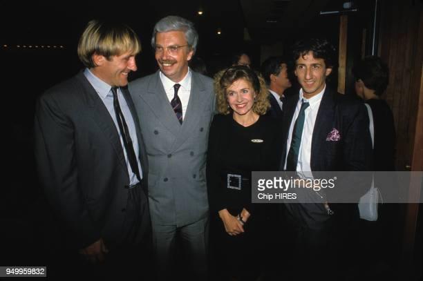 Gérard Depardieu Daniel Toscan du Plantier Elisabeth Depardieu et Richard Anconina assistent à la première du film 'Police' le 3 septembre 1985 à...