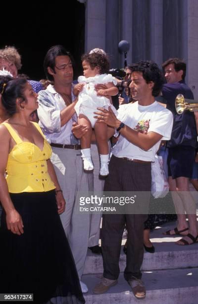 Gérard Lanvin au baptême de Myriam la fille de Chico membre des Gipsy Kings en juillet 1990 France