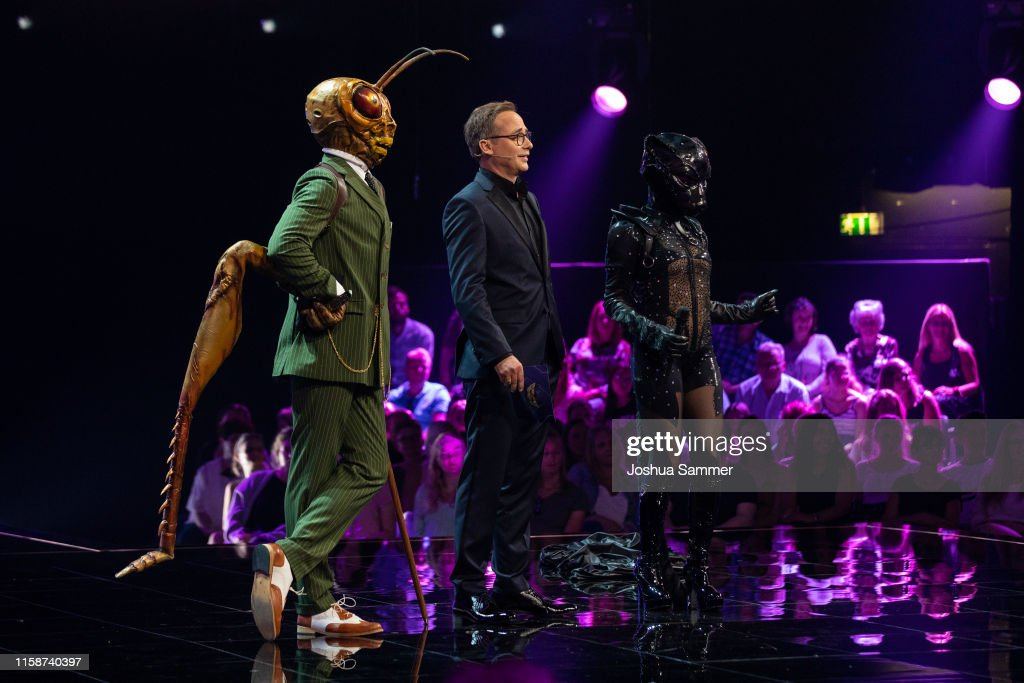 """""""The Masked Singer"""" First Live-Show In Cologne : News Photo"""