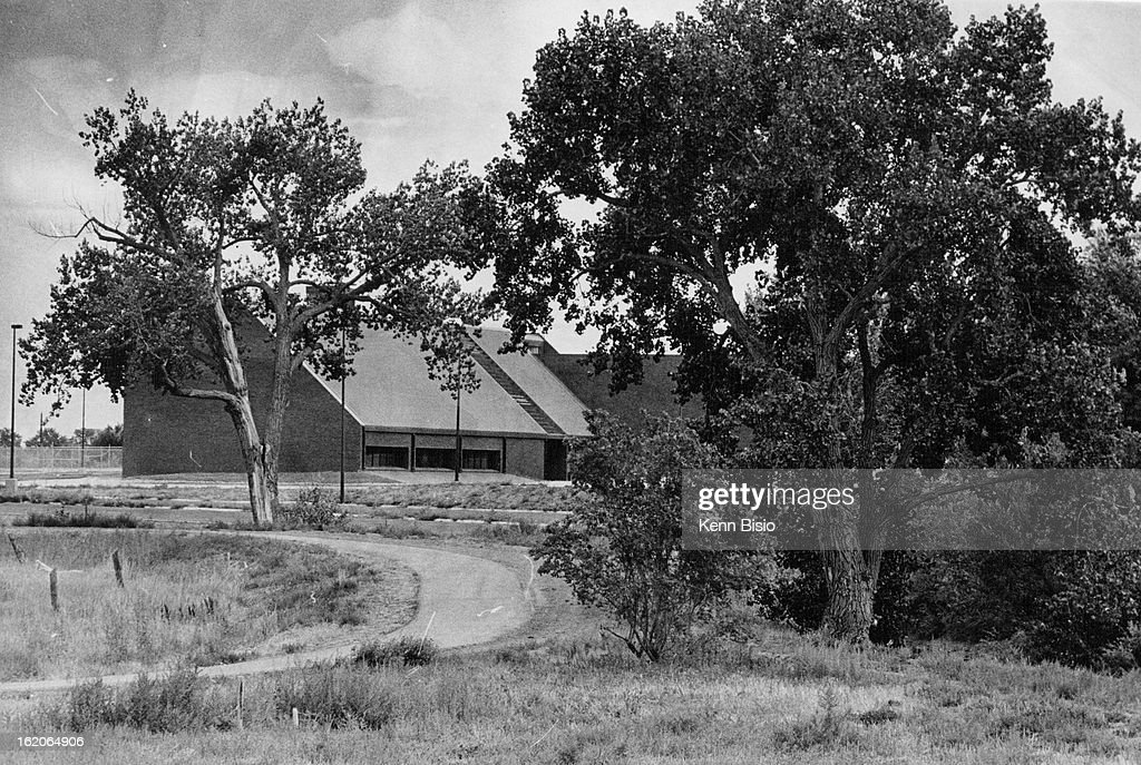 SEP 4 1978, SEP 6 1978; Grass In Scenic Areas Such As This Near Meadowood Rec Center Harbor Snakes.  : News Photo
