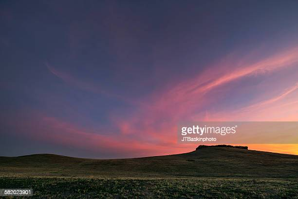 grassland plateau at sunset - san joaquin valley stock pictures, royalty-free photos & images