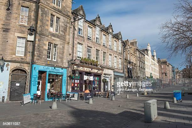 grassmarket, edinburgh, scotland - edinburgh scotland stock-fotos und bilder