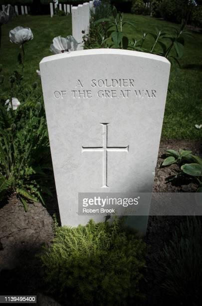 grave of unknown soldier in world war i cemetery near ypres, belgium - tombstone stock pictures, royalty-free photos & images