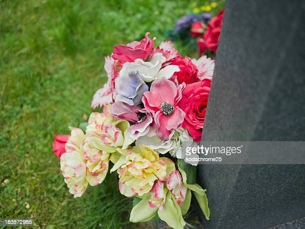 grave - rest in peace stock photos and pictures