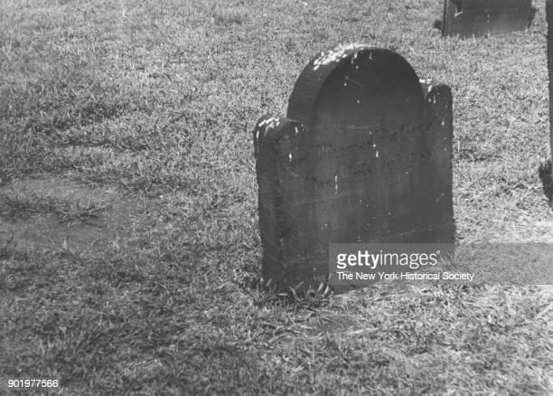 Gravestone of Captain Thomas Fitzgerald, St Paul's Chapel Churchyard, New York, New York, 1929.