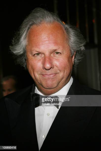 Graydon Carter during The New Yorkers for New York Awards Gala - February 6, 2006 at Waldorf Astoria Hotel in New York City, New York, United States.