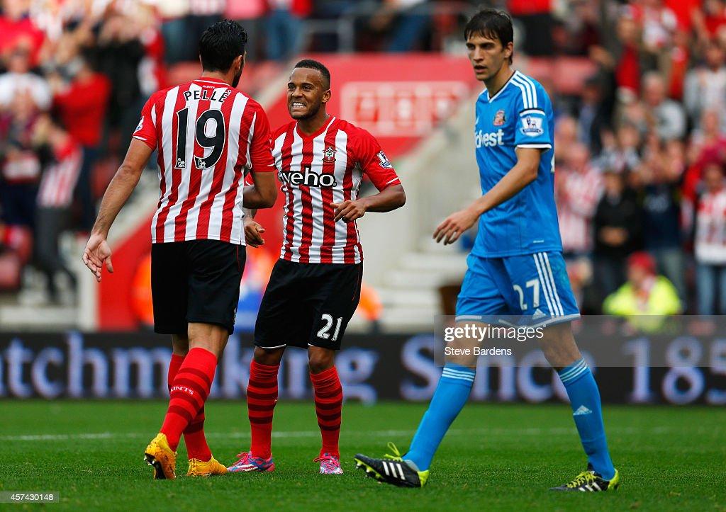 Southampton v Sunderland - Premier League : News Photo