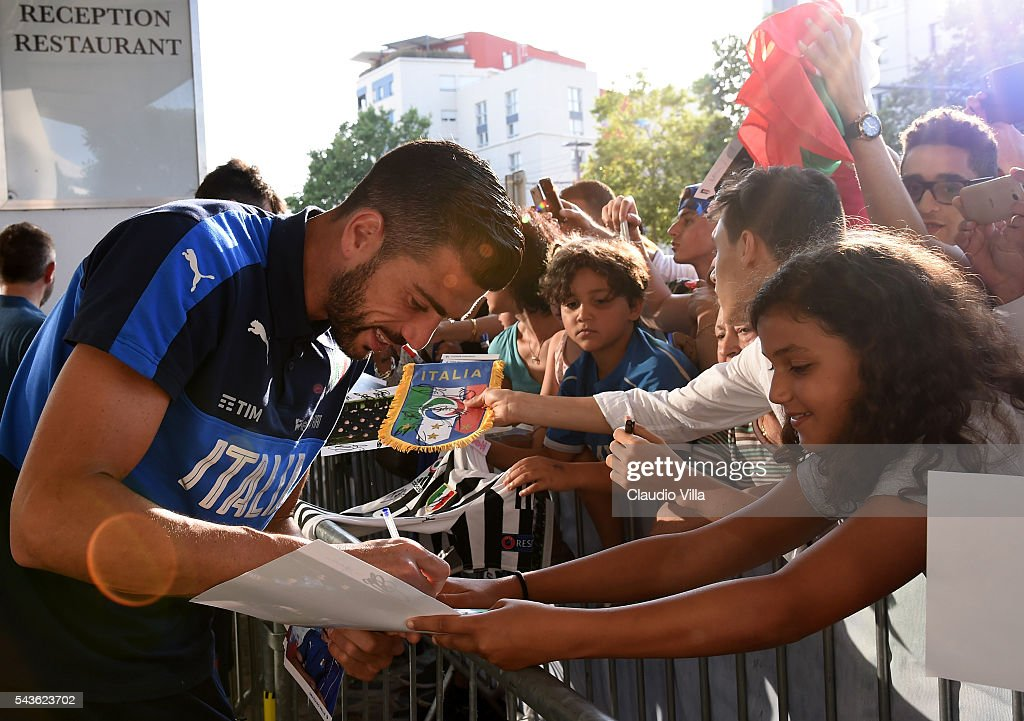 Italy Autograph Session : News Photo