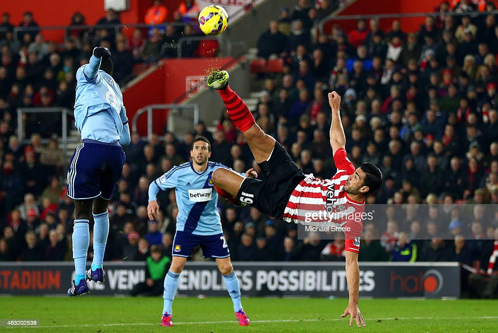 Graziano Pelle of Southampton attempts an overhead kick during the Barclays Premier League match between Southampton and West Ham United at St Mary's Stadium on February 11, 2015 in Southampton, England.