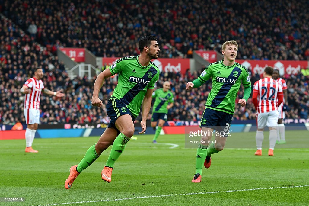 Graziano Pelle of Southampton celebrates scoring his team's second goal during the Barclays Premier League match between Stoke City and Southampton at Britannia Stadium on March 12, 2016 in Stoke on Trent, England.