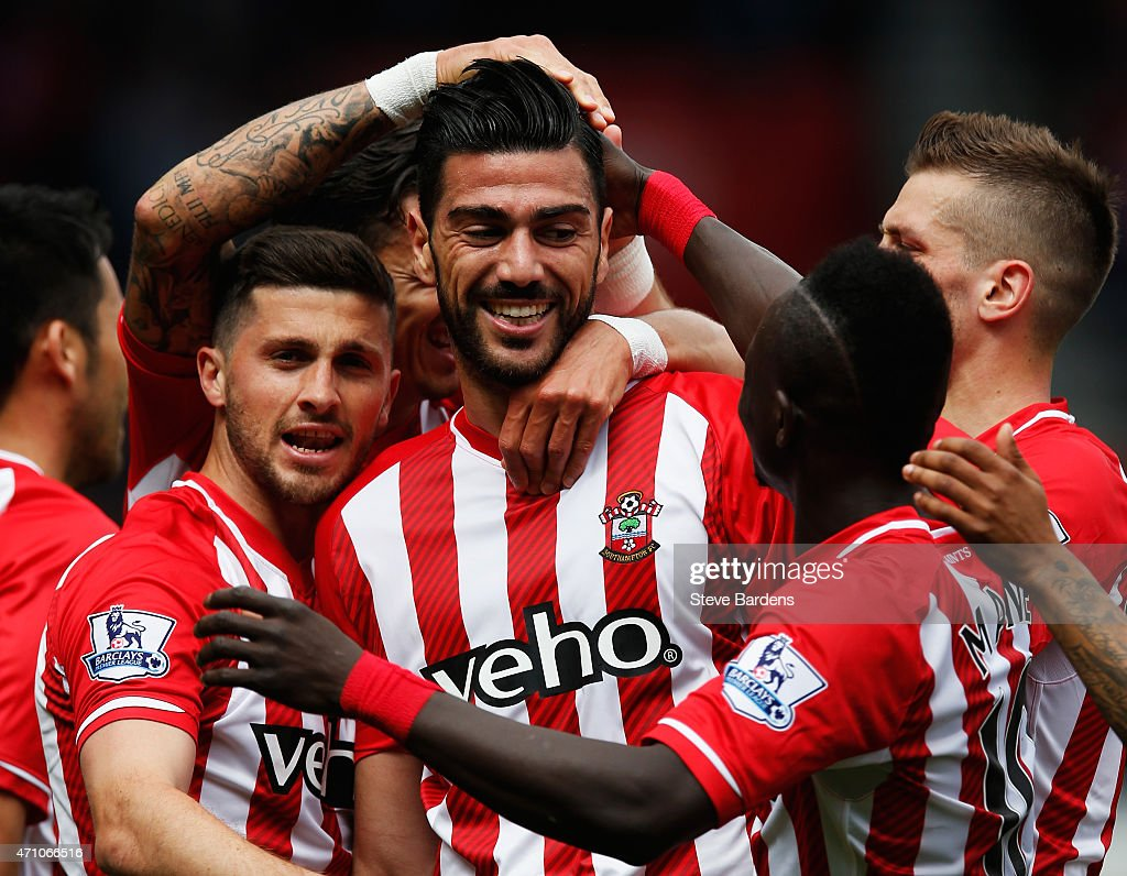 Graziano Pelle of Southampton (C) celebrates with team mates as he scores their second goal with a header during the Barclays Premier League match between Southampton and Tottenham Hotspur at St Mary's Stadium on April 25, 2015 in Southampton, England.