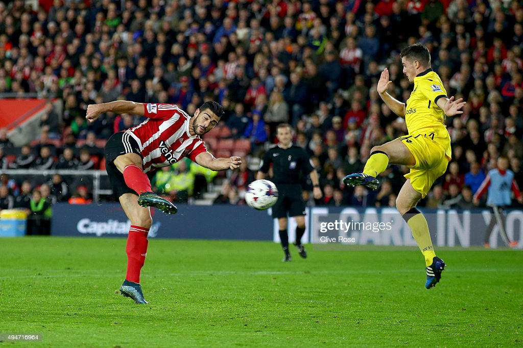 Graziano Pelle of Southampton scores during the Capital One Cup Fourth Round match between Southampton and Aston Villa at St Mary's Stadium on October 28, 2015 in Southampton, Englan